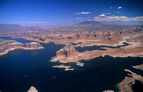 Lake Powell (UT) United States  City new picture : ... Gregory Butte to Navajo Mountai, Lake Powell, Utah, UT United States