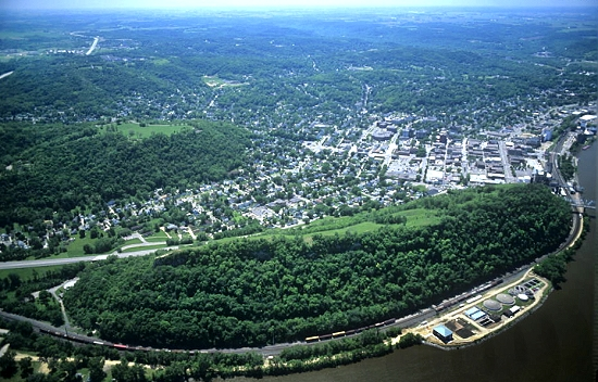 Red Wing (MN) United States  city pictures gallery : Airphoto Aerial Photograph of Red Wing, Red Wing, Minnesota 6929