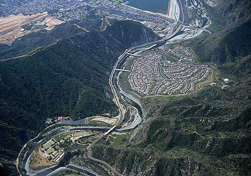 Azusa (CA) United States  city photos : ... photo of Azusa below Morris Dam, Azusa, California, CA United States