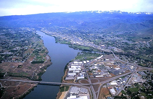 Wenatchee (WA) United States  city pictures gallery : ... of Wenatchee, Route 28, Chelan County, Washington, WA United States