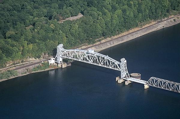 Hannibal (MO) United States  city photos : ... Railroad Lift Bridge, US Hy. 36, Hannibal, Missouri, MO United States